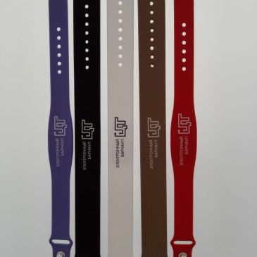 В обращение появился новый вид  электронного средства платежа- транспортный браслет.